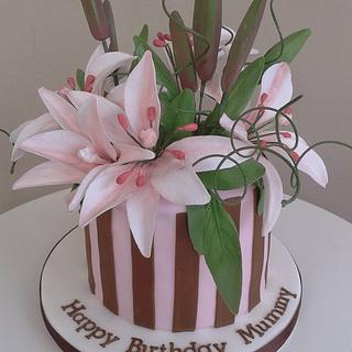 Lilies - Cake by THE BRIGHTON CAKE COMPANY