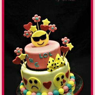 Emoji Cake - Cake by CakeCreationsCecilia