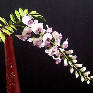 gumpaste wisteria