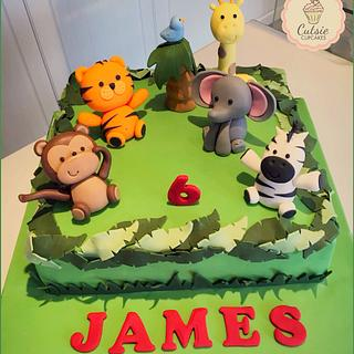 Zoo Cake - Cake by Cutsie Cupcakes