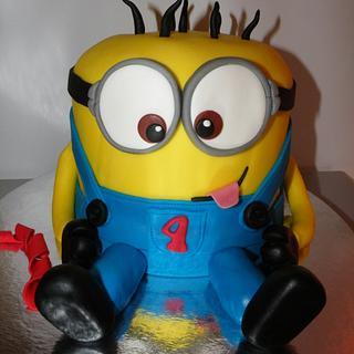 Minion  - Cake by bolosdocesecompotas