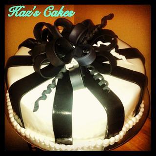 Black & White Themed Cake - Cake by Karen