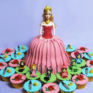 Sleeping Beauty Cake and Cupcakes