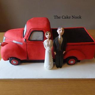 Pickup Truck Wedding Cake.