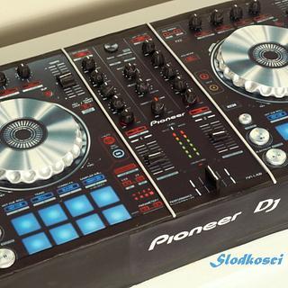 DJ Controller Cake