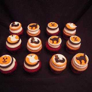 Halloween Cupcakes - Cake by Benni Rienzo Radic