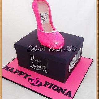 Shoe box and shoe cake - Cake by Bella Cake Art