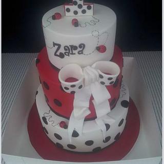 ladybugs - Cake by ianessascreations