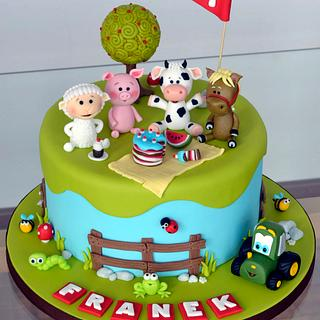 Farm animals picnic cake - Cake by Crumb Avenue