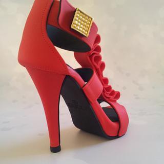 Red Gucci Sugar Heel - Cake by Sharron