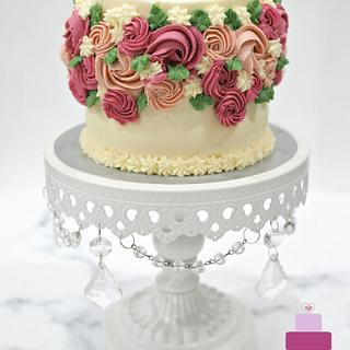 Vanilla Buttercream Cake with Buttercream Flowers