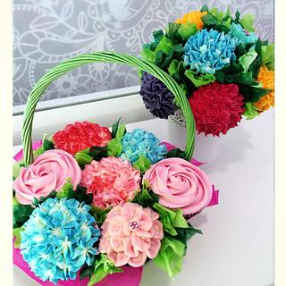 Buttercream flowers cupcakes bouquet - Cake by Israel