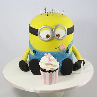 Minion loves Cupcakes