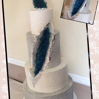 Geode wedding cake - Cake by Teraza @ T's all occasion cakes