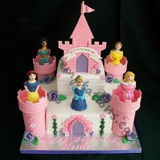 Princess Castle cake - 100% Edible