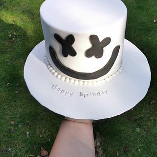 Marshmallow face cake