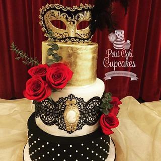 Masquerade A La Phantom - Cake by Petit Cali Cupcakes