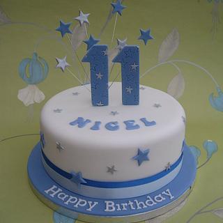 Simple man's birthday cake - Cake by Deborah Cubbon (the4manxies)