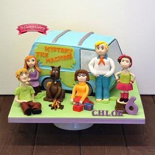 Scooby-Dooby-Doo! - Cake by The Custom Cakery