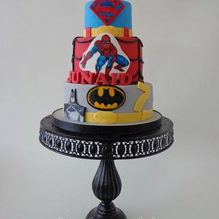 Super heroes - Cake by loveliciouscakes