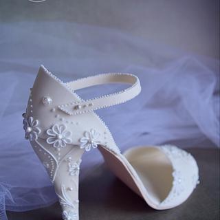 Elegant bridal shoe