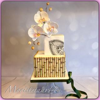 Weddingcake with cold porselain orchids...