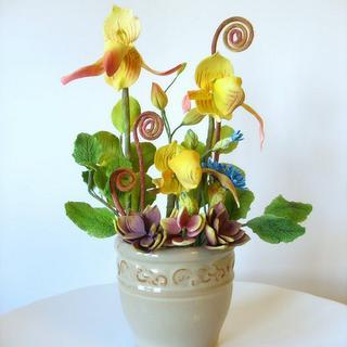 Slipper Orchid arrangement - Cake by Shaile's Edible Art
