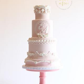 Lambeth Style Wedding Cake