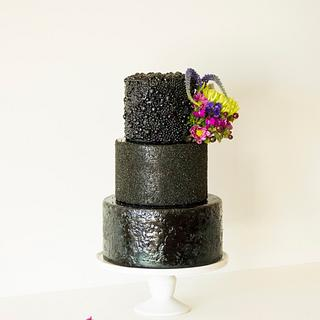 All you need is black - Cake by SugarBritchesCakes