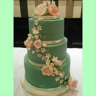 Mint buttercream wedding cake