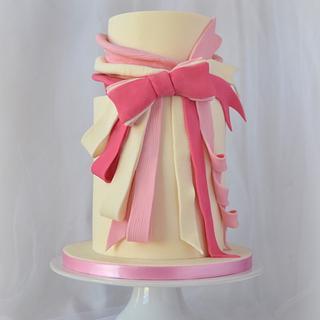 Viktor & Rolf Collaboration Cake - Flowerbomb