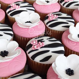 Flowers and Zebra Cupcakes