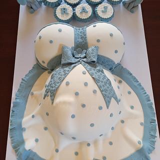 Amazing Baby Bump Cake - Cake by Wymeaka's Custom Cakes