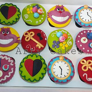 Alice in wonderland cupcakes by Arty cakes