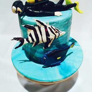 SCUBA diver's cake