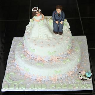 A simple wedding cake - Cake by MySignatureCakes