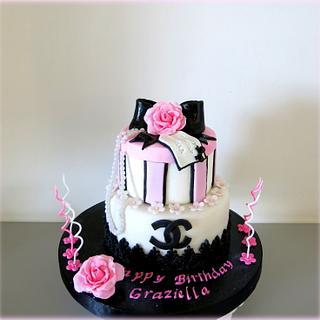Chanel vintage cake