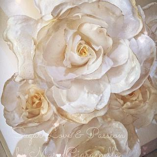 White and Gold Wafer paper roses 💛