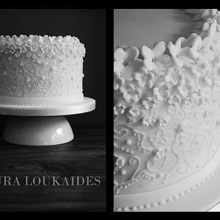 Dainty Blossom - Cake by Laura Loukaides