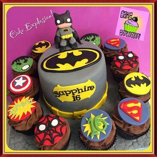 Batman cake & Superheroes cupcakes