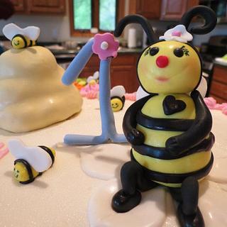 Bumblebee Topper