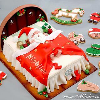 Sleeping Santa Claus Cake
