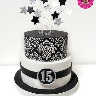 Quinceañera in black, white and silver - Cake by MileBian