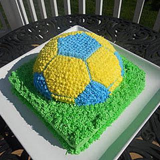 Soccer ball cake - Cake by bakedbyrachel