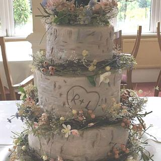 Silver Birch wedding cake - Cake by Marie's Bakehouse
