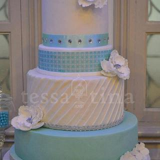 Cool and Minty wedding cake