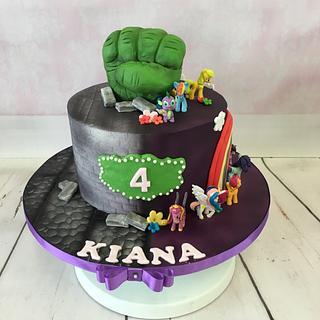 Hulk & pony mash up - Cake by Niki