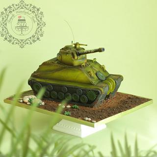 Sherman tank cake