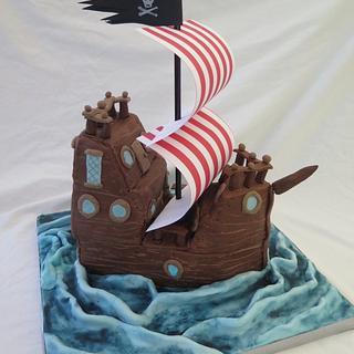 Pirate ship cake - Cake by Julie White
