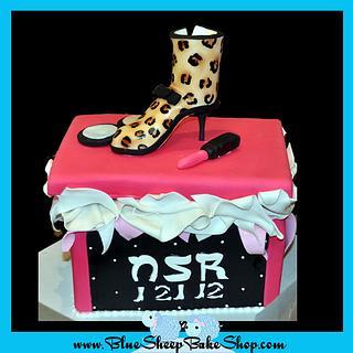 Shoe box cake - leopard boot